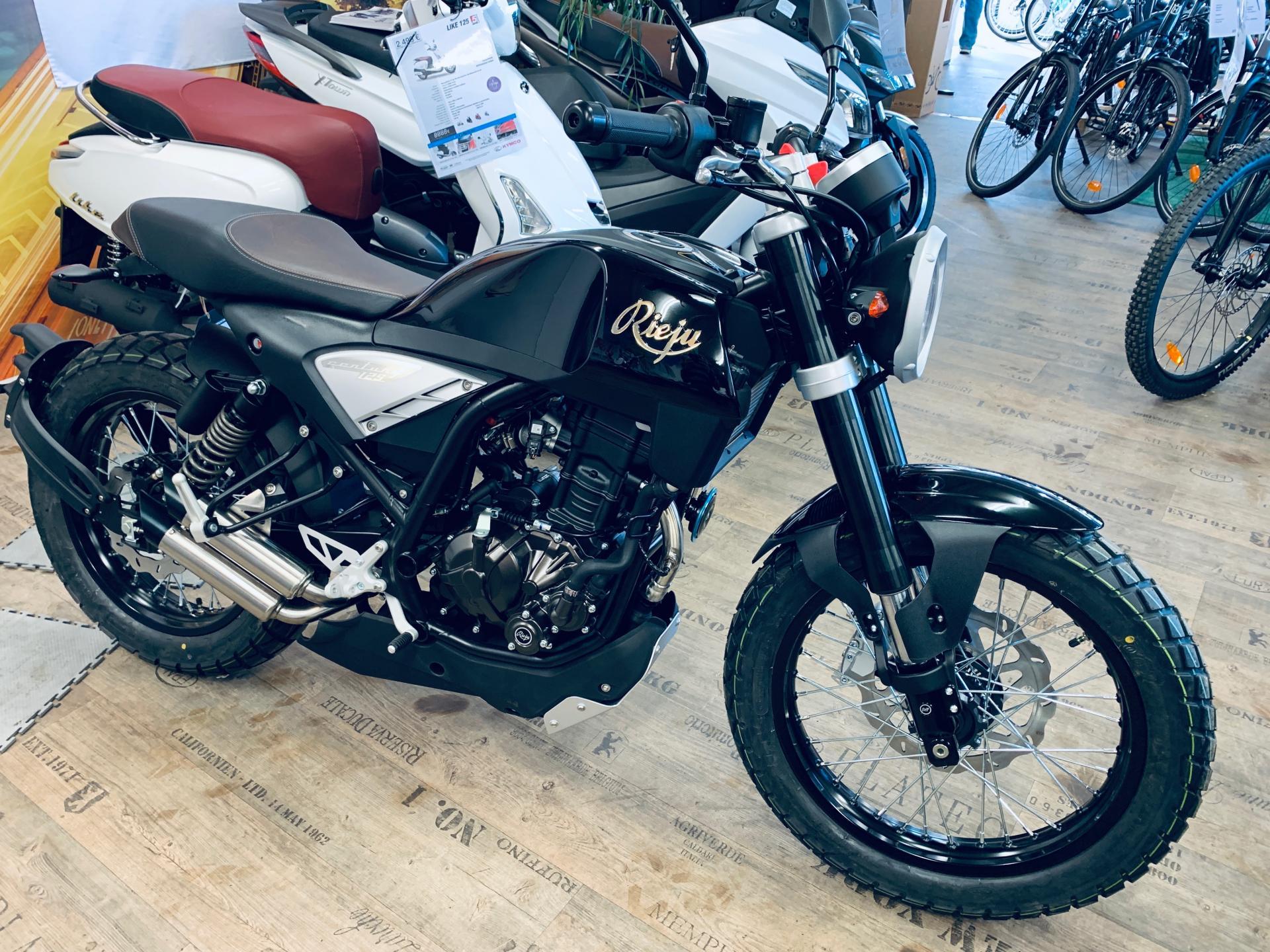 Moto, Rieju, Century 125 Euro 5